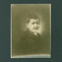 Skotograph, Boy